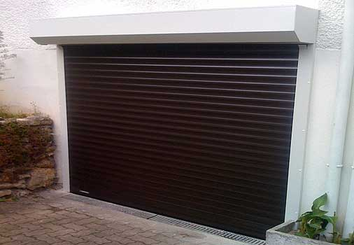 installation porte de garage enroulable nimes arles montpellier. Black Bedroom Furniture Sets. Home Design Ideas